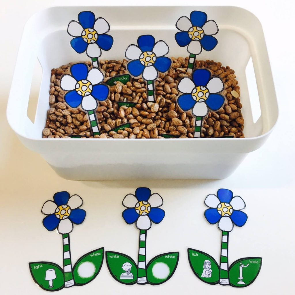 spring sensory bins for speech therapy for gliding