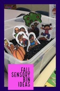 Fall sensory bin ideas for speech therapy. Easy sensory bin ideas to work on Fall vocabulary with students. #dabblingslp #slpsensorybin #sensorybin #speechtherapy