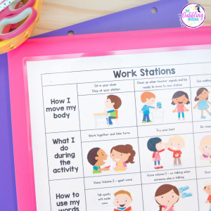 creating behavior routines in speech using visual supports to help student's process information. #dabblingslp #slpeeps #schoolslp #visualsupports #behaviormanagement #preschoolslp #slps #speechtherapy #sped